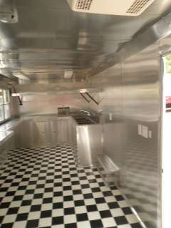 20 YELLOW FOOD EVENT BBQ ENCLOSED RACING CONCESSION TRAILER