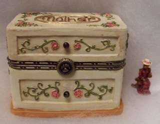 BOYDS TREASURE BOX, MOMMAS BOX OF JEWELS W/ HATTIE, 1E