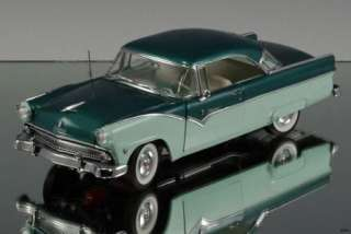 1955 Ford Fairlane Crown Victoria LE 2385/5000 Die cast car